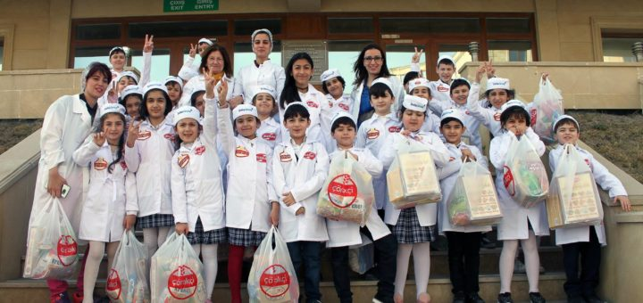 "The pupils of the school number 60 in the enterprise for production of ""Çörəkçi""."
